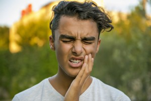 Your dentist in Naples can remove your infected tooth pulp and reduce your dental pain.