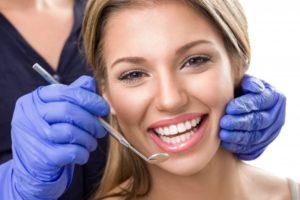 woman dental visit